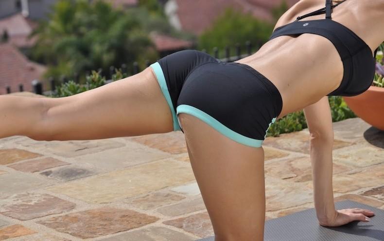 Упражнения на ягодицы для девушек