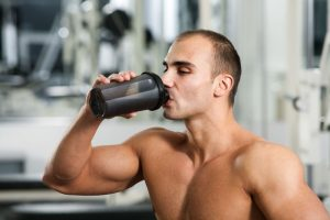 А какова же роль казеина в торможении разрушения мышечного протеина?
